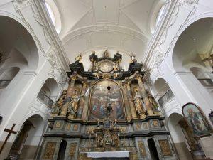 kostel Nejsvětější Trojice u Nové Bystřice