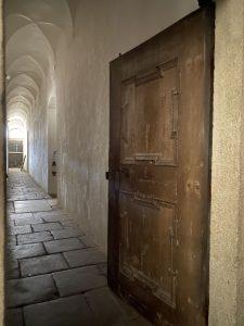 kostel Nejsvětější Trojice u Nové Bystřice chodba